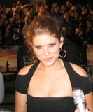 Kate Mara Links above are broke. This chick has been on a few episodes of 24 and I guess she's a mucky mucks daughter for the Giants. Oh and did I say HOT!!! Foto 34 (Кейт Мара Ссылки, приведенные выше сломал.  Фото 34)