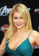 Renee Olstead -  The Avengers premiere in Hollywood 04/11/12 HQ