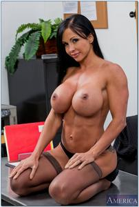 Descargar MILF Jewels Jade (My First Sex Teacher) (Naughtyamerica) (SD/HD) Gratis (porno pendejas )