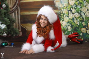 http://img16.imagevenue.com/loc555/th_531498697_silver_angels_Sandrinya_I_Christmas_1_081_123_555lo.jpg