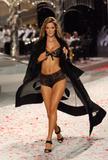 th_13140_Victoria_Secret_Celebrity_City_2008_FS_2429_123_762lo.jpg